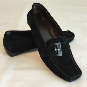 Stuart Weitzman Womens 8.5 Black Suede Shoes